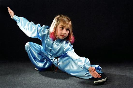 Занятия для детей в Краснодаре  Гимнастика дети от 3х лет